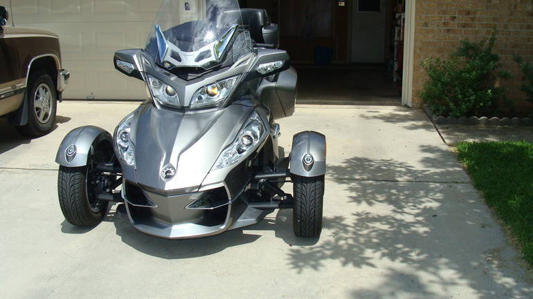 2011 Can-Am Spyder RT SM5, motorcycle listing