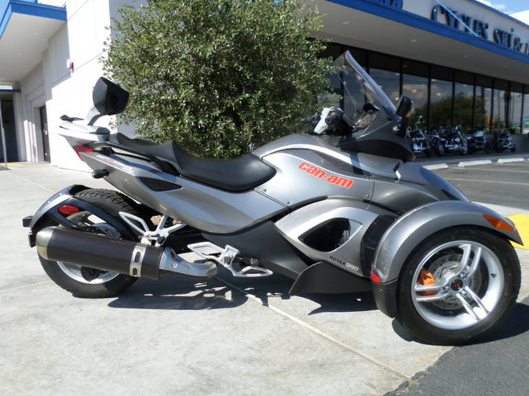 2011 Can-Am Spyder Roadster RS-S, motorcycle listing