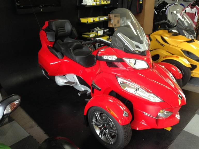 2012 Can-Am RT-S SM5, motorcycle listing