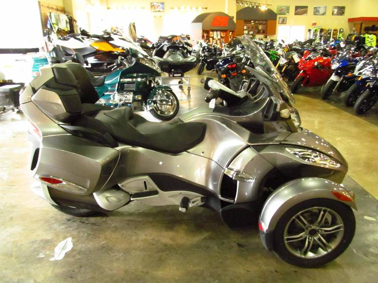 2012 Can-Am RTS-SE5, motorcycle listing