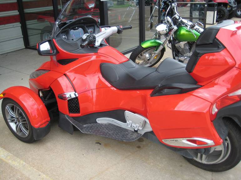 2012 Can-Am Spyder Rt SE5, motorcycle listing