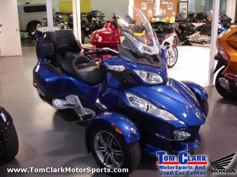 2012 Can-Am Spyder, motorcycle listing
