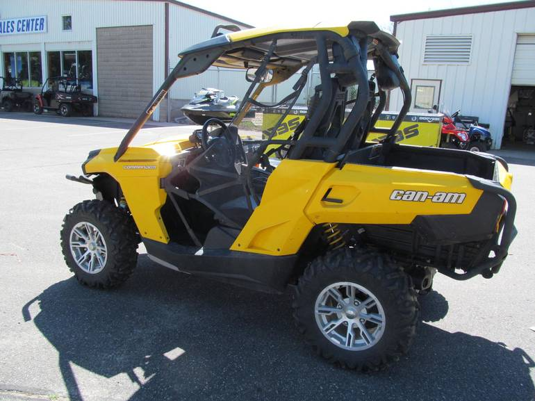 2013 Can-Am COMMANDER 800R, motorcycle listing