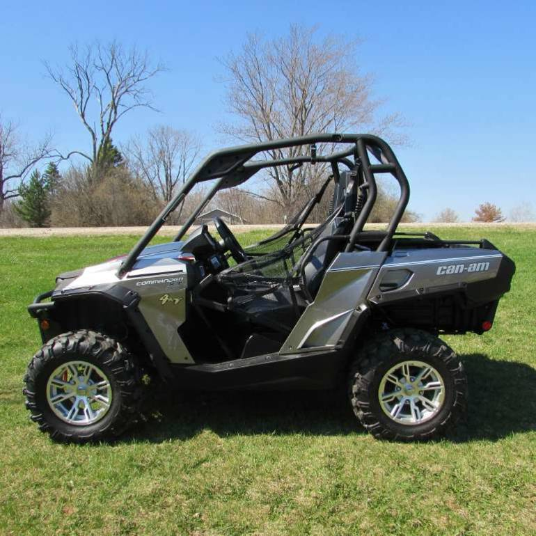 2013 Can-Am Commander XT 1000, motorcycle listing