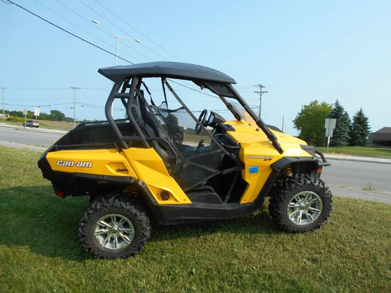 2013 Can-Am Commander XT 800R, motorcycle listing