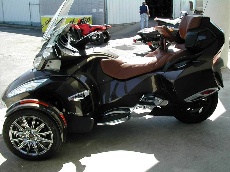 2013 Can-Am RT LTD, motorcycle listing