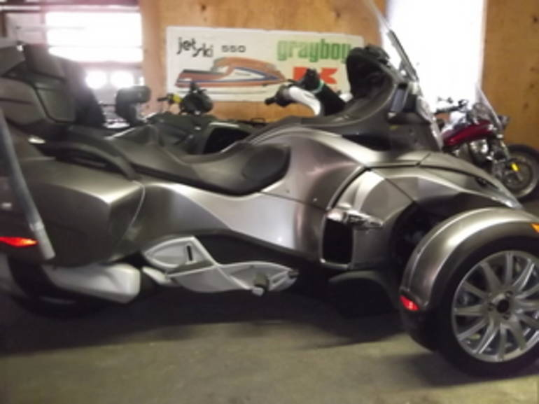 2013 Can Am RT SM5, motorcycle listing