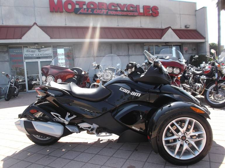2013 Can-Am SPYDER RS SM5, motorcycle listing