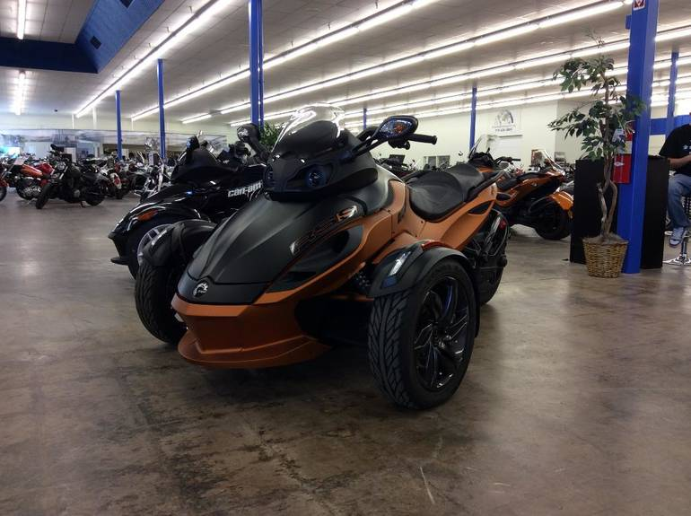2013 Can-Am SPYDER RSS, motorcycle listing