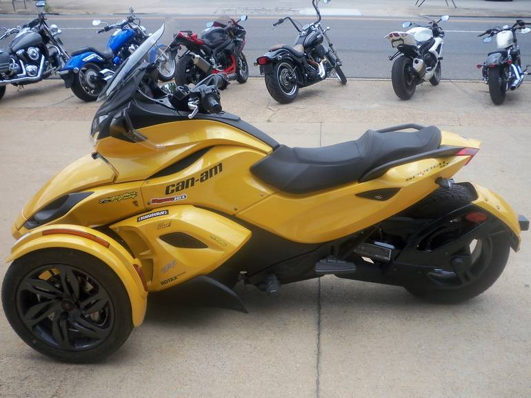 2013 Can-Am Spyder® ST-S SM5, motorcycle listing