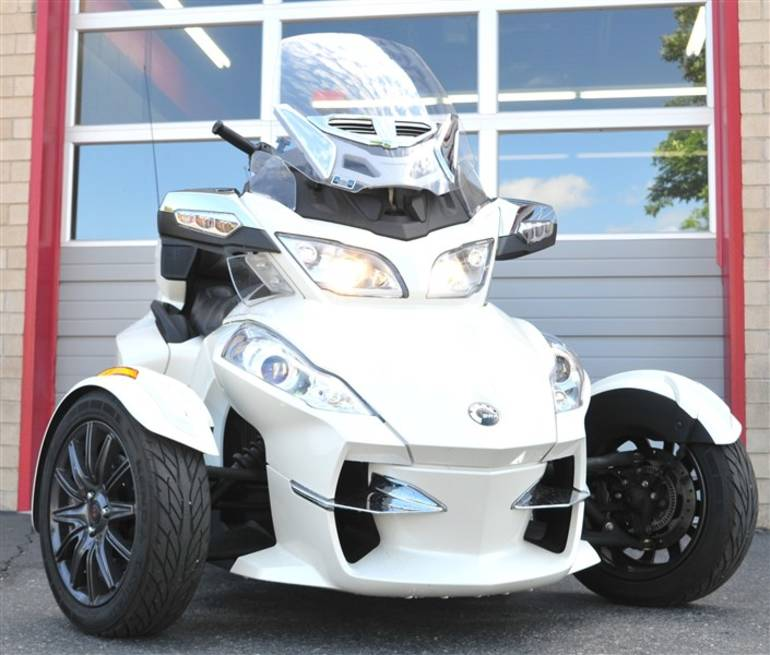 See more photos for this Can-Am Spyder - RT-SE5 Limited SPYDER RT-SE5 LI, 2013 motorcycle listing