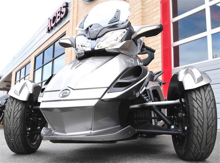 2013 Can-Am Spyder - STS SPYDER STS, motorcycle listing