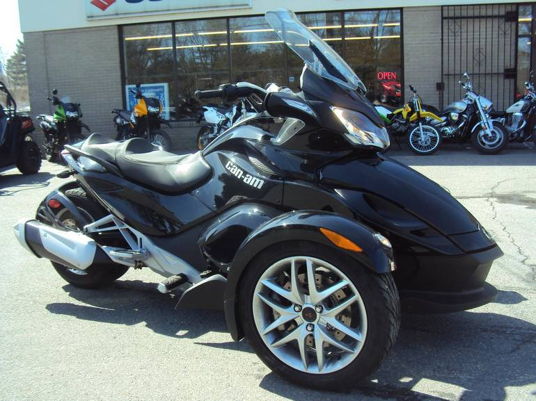 2013 Can-Am Spyder ST - SM5, motorcycle listing