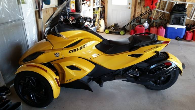 2013 Can-Am Spyder St S SM5, motorcycle listing
