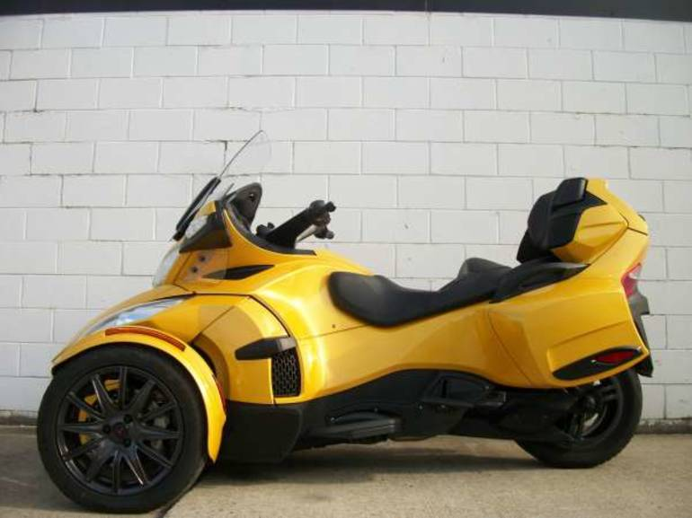 2013 Can-Am SpyderTSSE, motorcycle listing