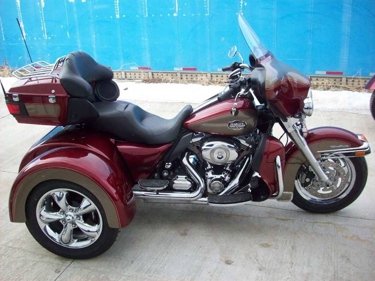 2009 Custom FBI Trike Kit, motorcycle listing