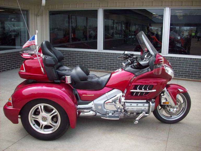 2003 Champion Trikes Honda Goldwing GL 1800 Trike Kit, motorcycle listing