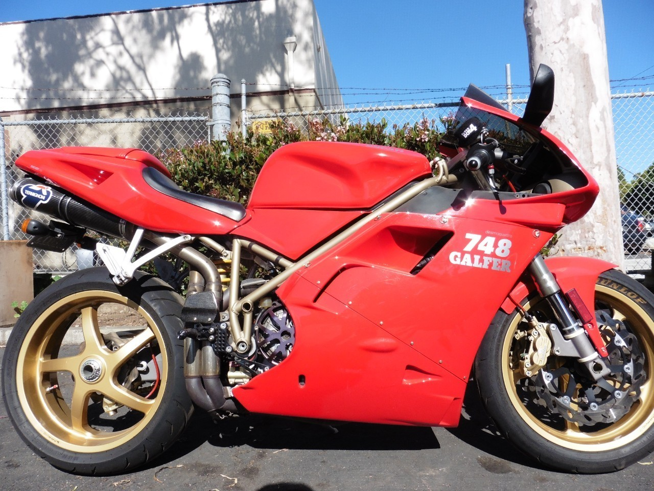 1999 Ducati 748 BIPOSTO 748 BIPOSTA 33246 additionally Carbon Fiber Tank Pad For Aprilia Tuono V4r additionally Clutch Custom Motorcycles besides 2010 2014 Bmw S1000rr Exhaust Kit as well Motorcycle fairings. on triumph carbon fiber