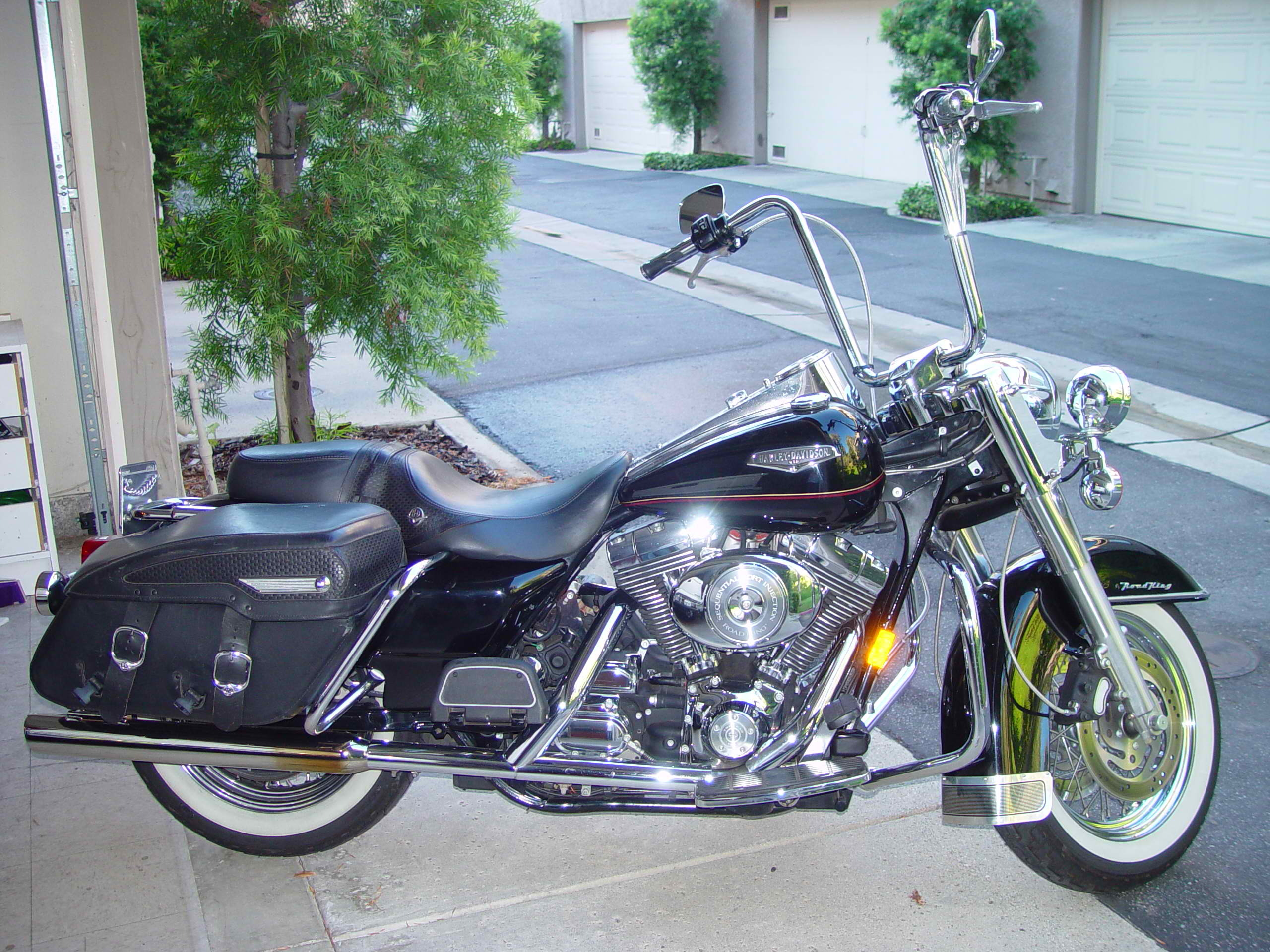 2000 Harley-Davidson Road King CLASSIC, motorcycle listing