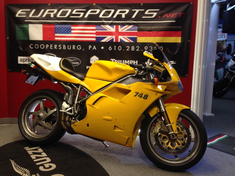 2001 Ducati 748S, motorcycle listing