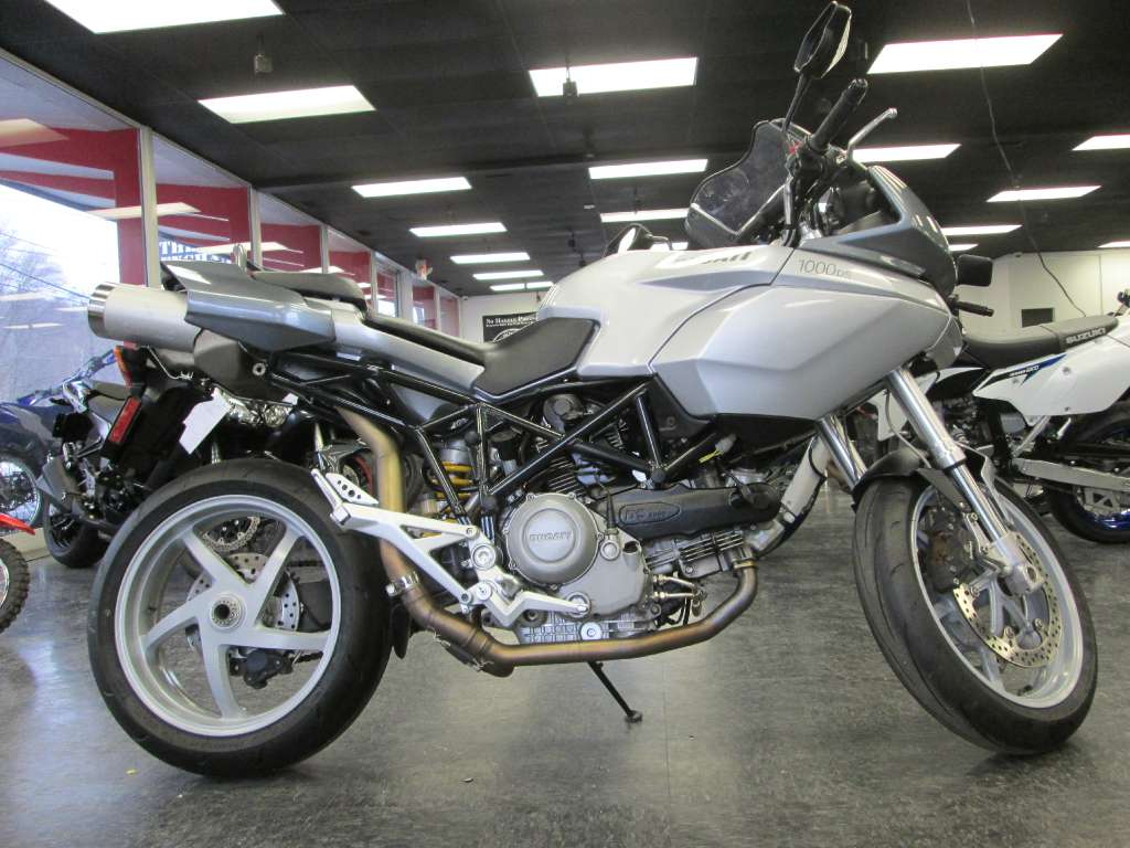 2004 Ducati Multistrada 1000DS, motorcycle listing