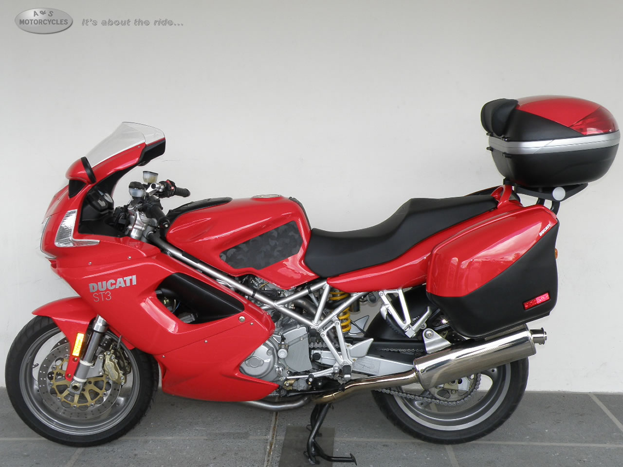 2005 Ducati ST3, motorcycle listing
