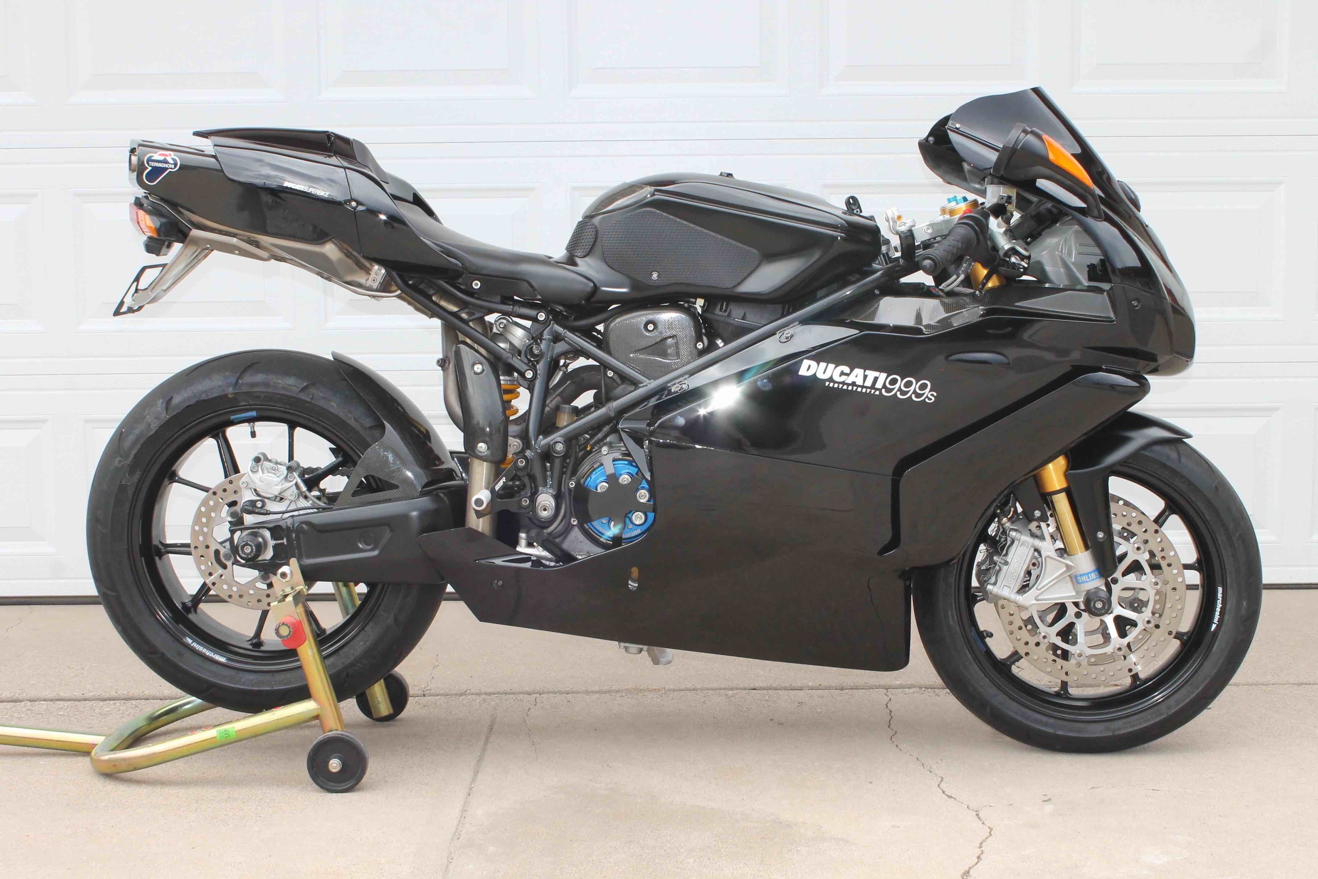 2005 Ducati Superbike 999S, motorcycle listing