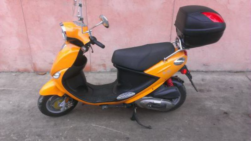 2009 Genuine Scooter Co. Buddy 125, motorcycle listing
