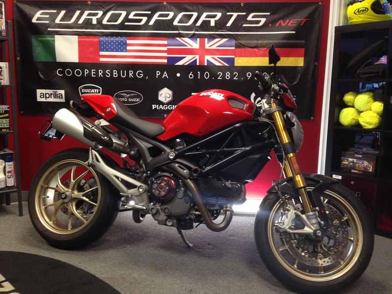 2010 Ducati Monster 1100 S ABS, motorcycle listing