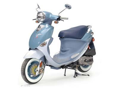 2010 Genuine Scooter Company Buddy International Saint-Tropez (150 cc)