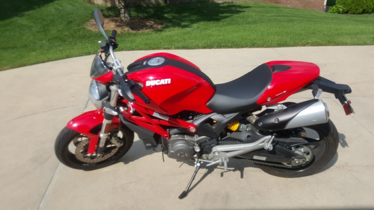 2011 Ducati Monster 696, motorcycle listing
