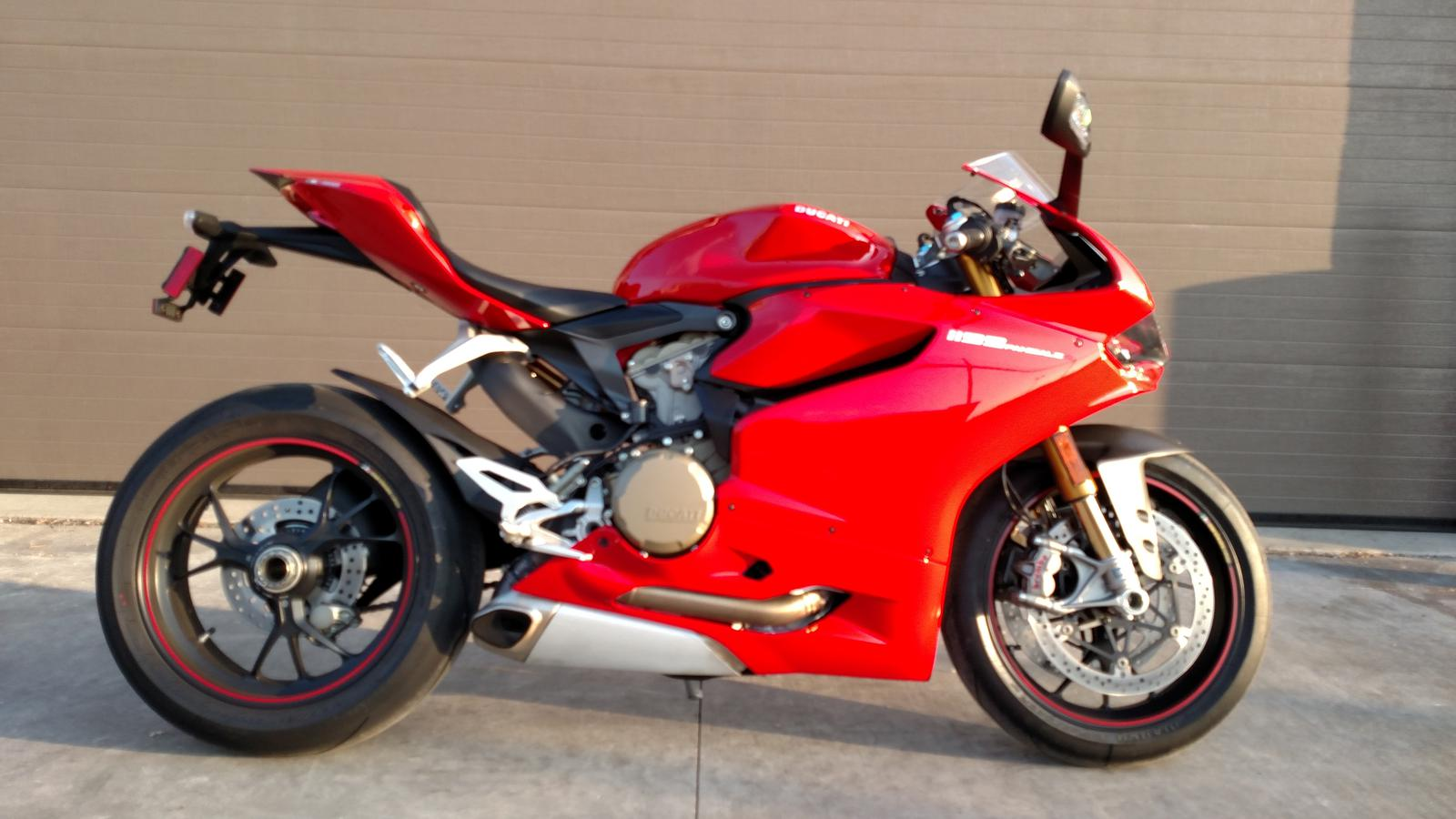 2012 Ducati PANIGALE 1199S WITH ABS, motorcycle listing