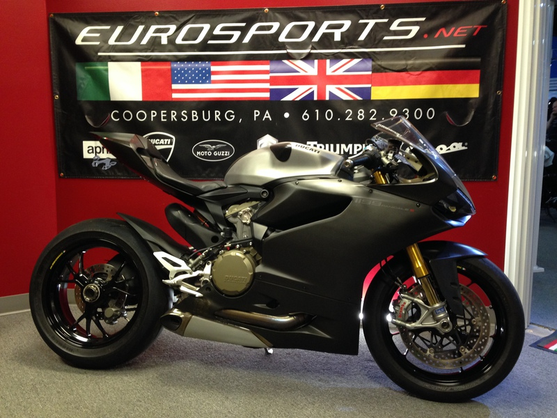 2013 Ducati Superbike 1199 Panigale S ABS, motorcycle listing