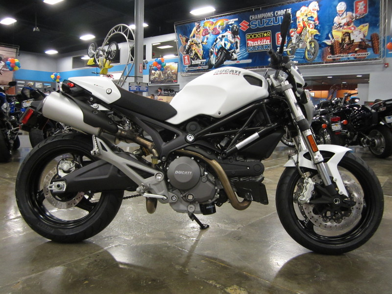 2014 Ducati Monster 696, motorcycle listing