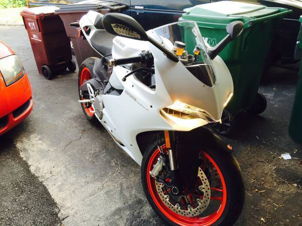 2014 Ducati Superbike 899 PANIGALE, motorcycle listing