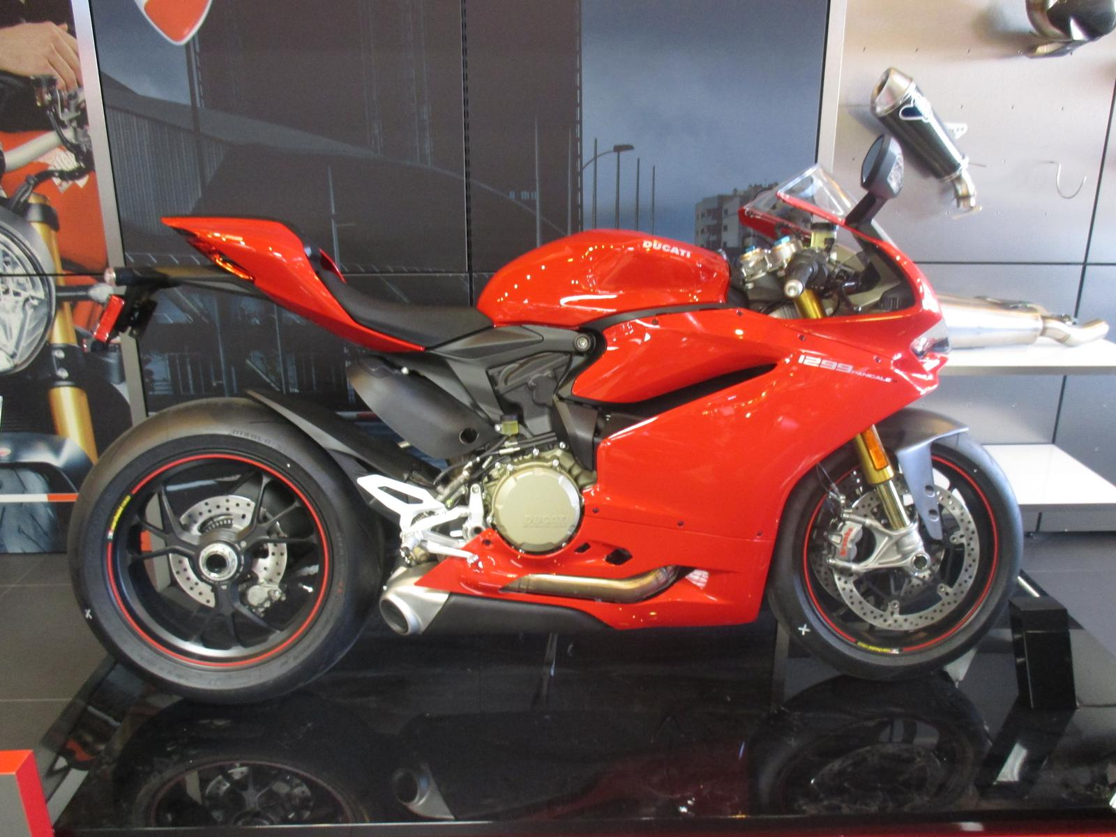 2015 Ducati 1299 PANIGALE S, motorcycle listing