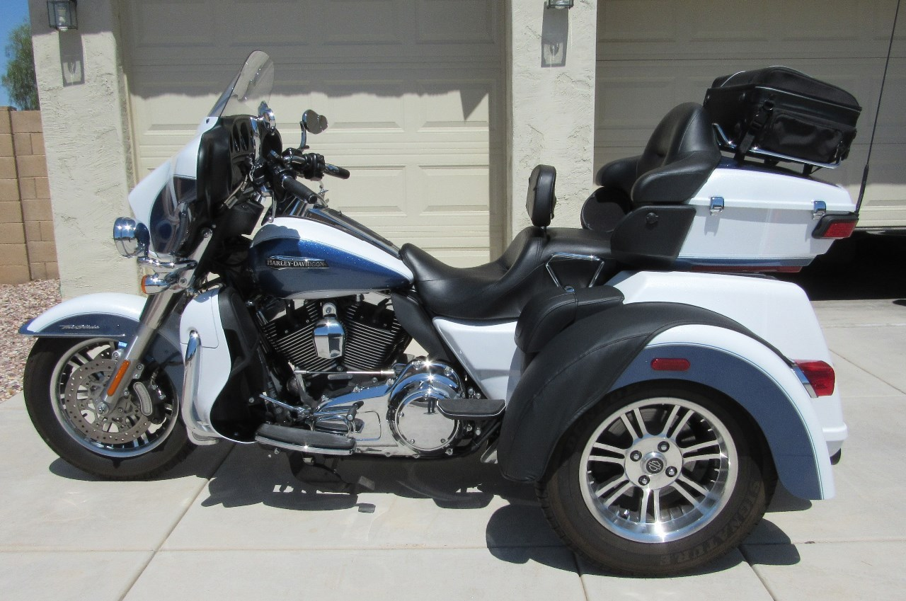 2015 Harley-Davidson Tri Glide ULTRA CLASSIC, motorcycle listing