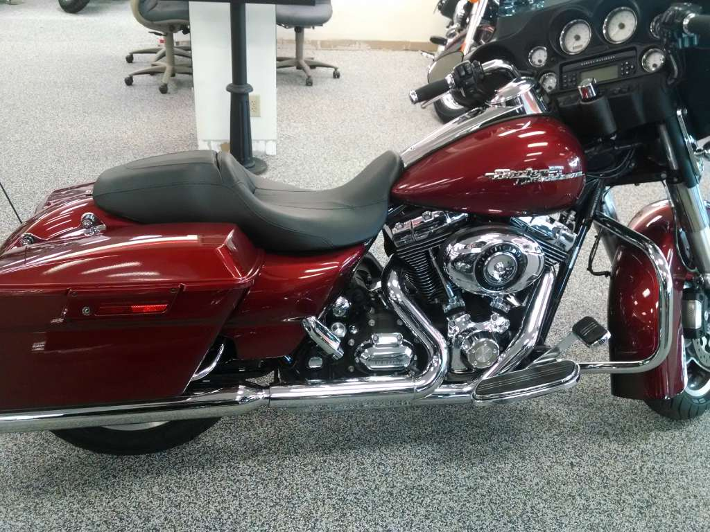 2010 Harley Davidson Street Glide Motorcycle From Knoxville