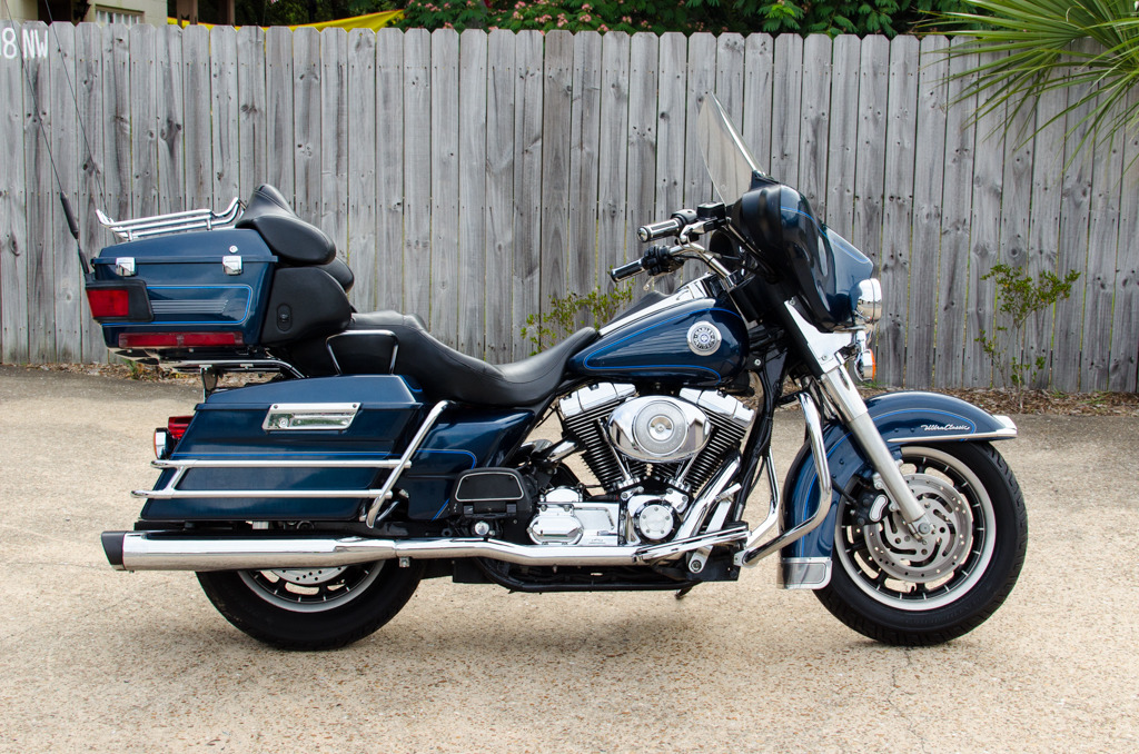 2001 Harley-Davidson ELECTRA GLIDE ULTRA CLASSIC, motorcycle listing