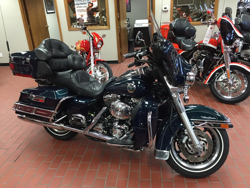 2001 Harley-Davidson FLHTCUI - Electra Glide Ultra Classic, motorcycle listing