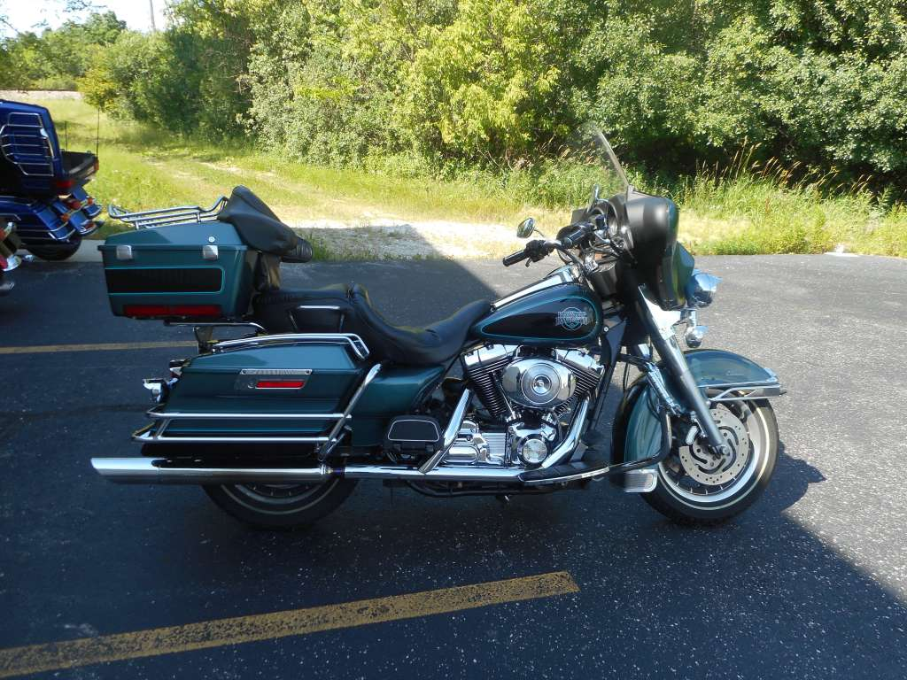 2000 Harley-Davidson FLHTC/FLHTCI Electra Glide Classic, motorcycle listing