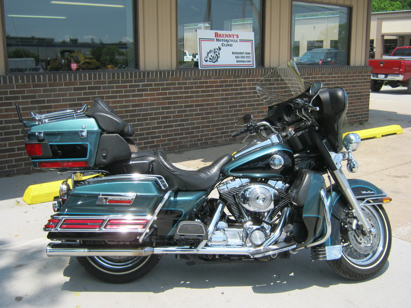 2000 Harley Davidson Ultra Classic FLHTCU, motorcycle listing