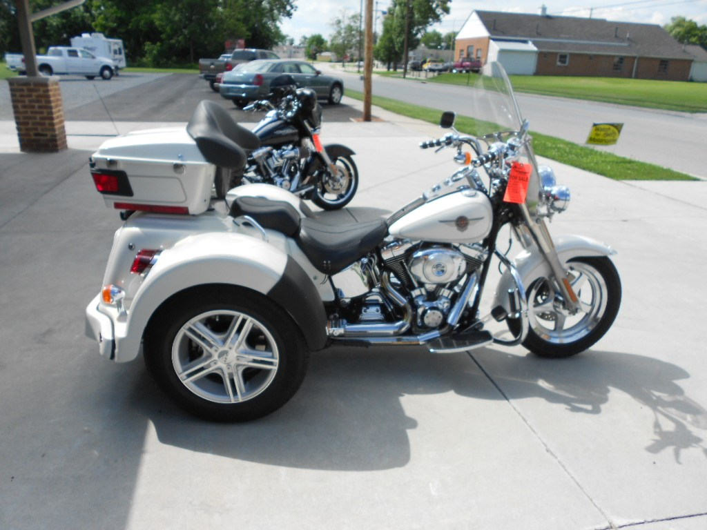 2000 Harley-Davidson® FLSTF Softail® Fat Boy®, motorcycle listing