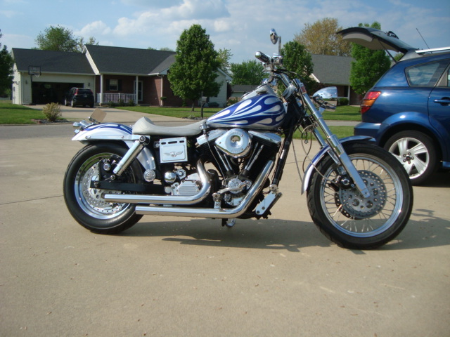 1993 Harley-Davidson Dyna , motorcycle listing
