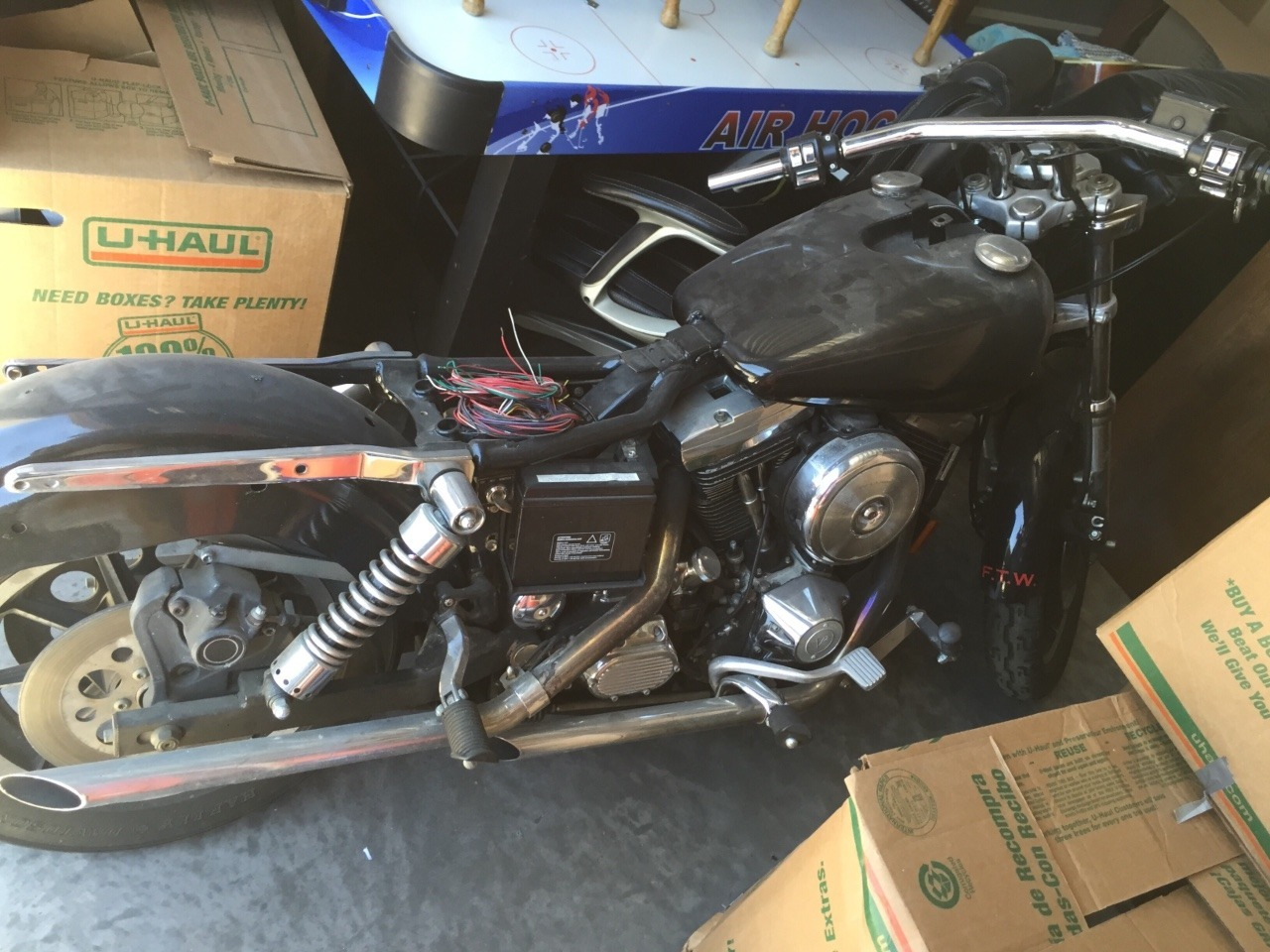 1994 Harley-Davidson Dyna , motorcycle listing