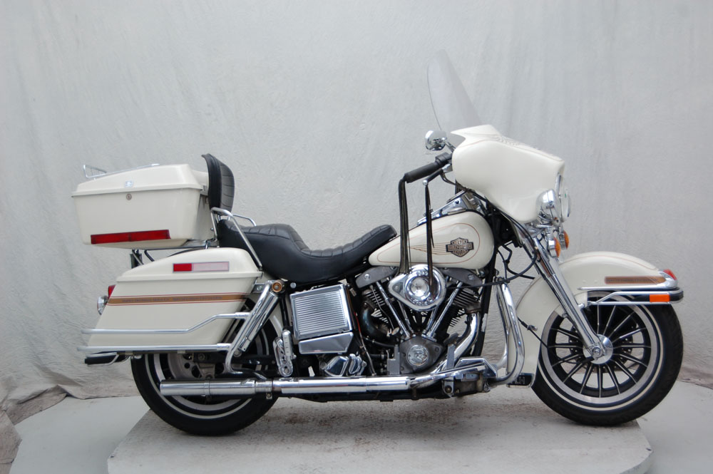 1984 Harley-Davidson FLHX, motorcycle listing