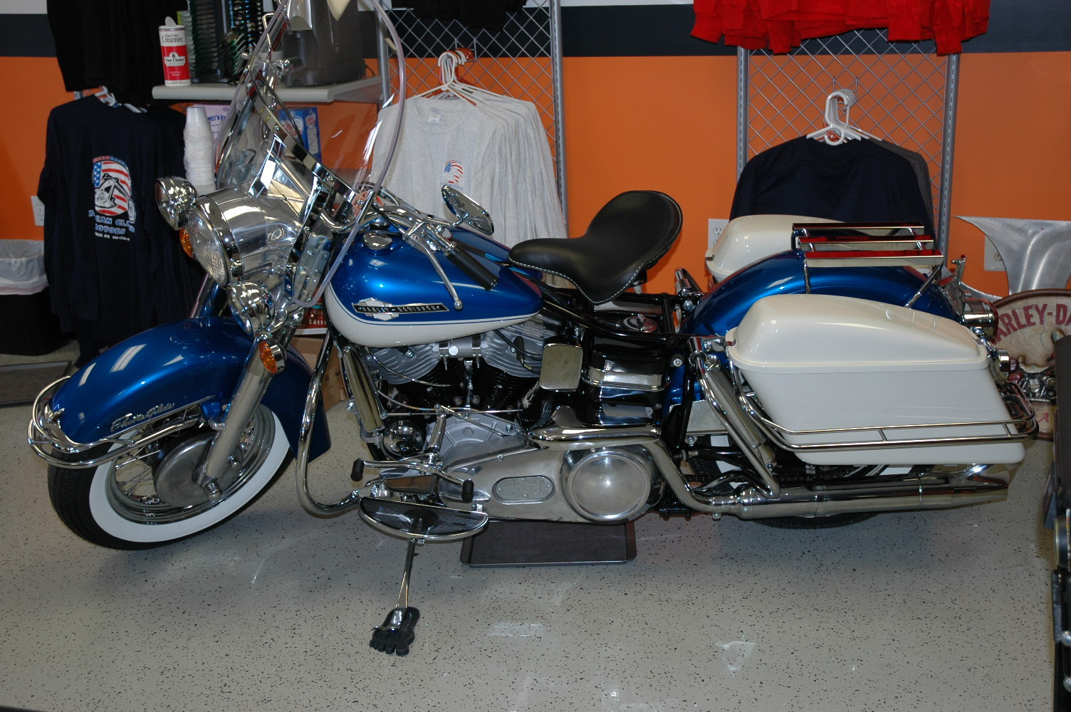 1965 Harley-Davidson ELECTRA GLIDE PANHEAD, motorcycle listing