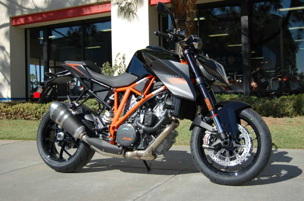 2015 KTM 1290 Super Duke R, motorcycle listing