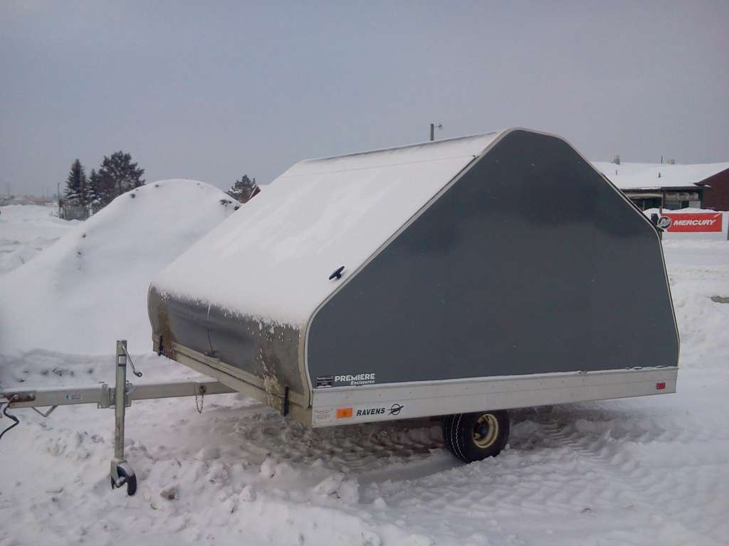 1999 Other RAVEN 8 X 10 CAPPED TRAILER, motorcycle listing