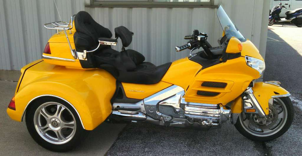 2001 Road Smith GOLD WING 1800/HT1800, motorcycle listing